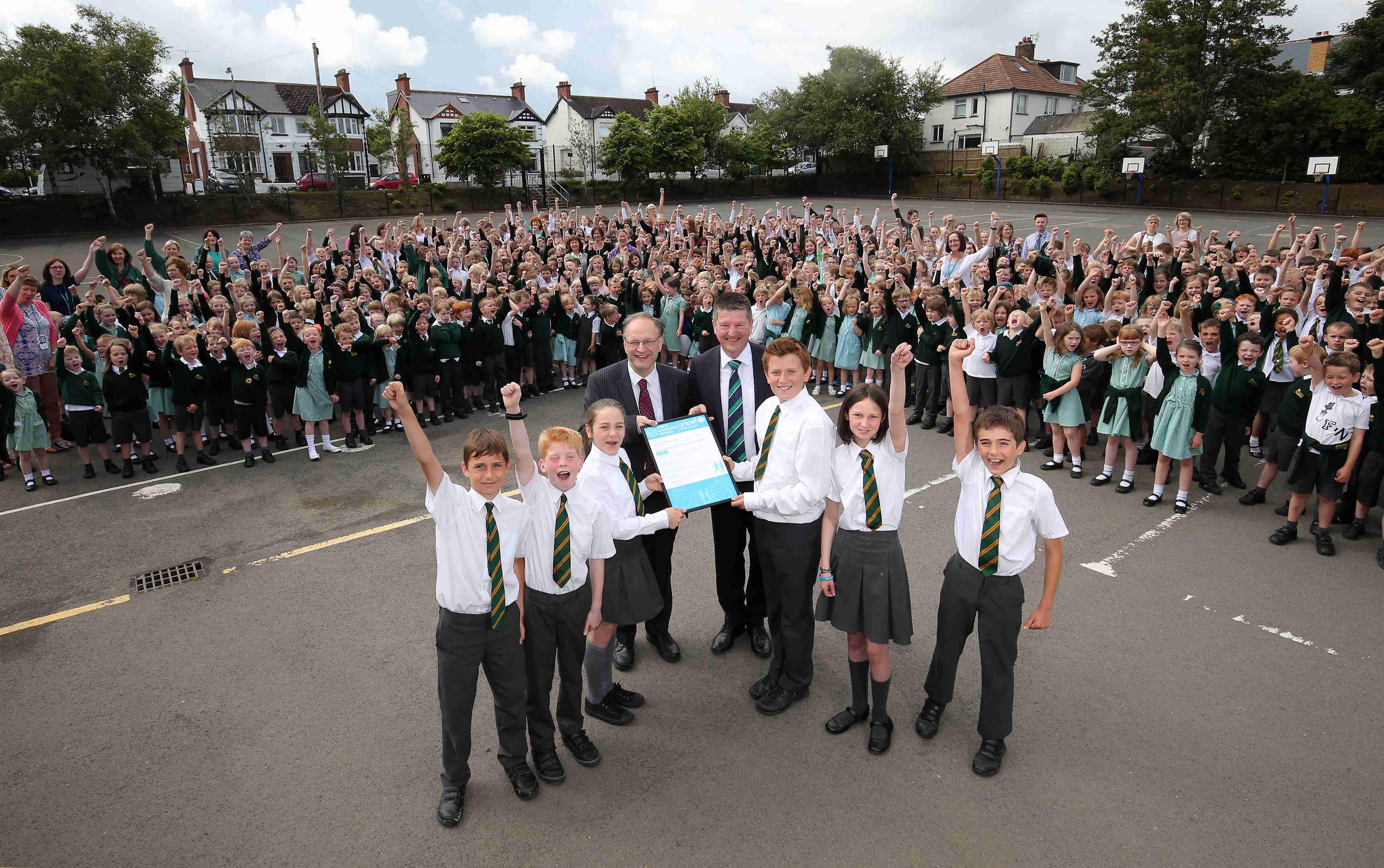 Weir presents Ballyholme Primary School with UNICEF award ...