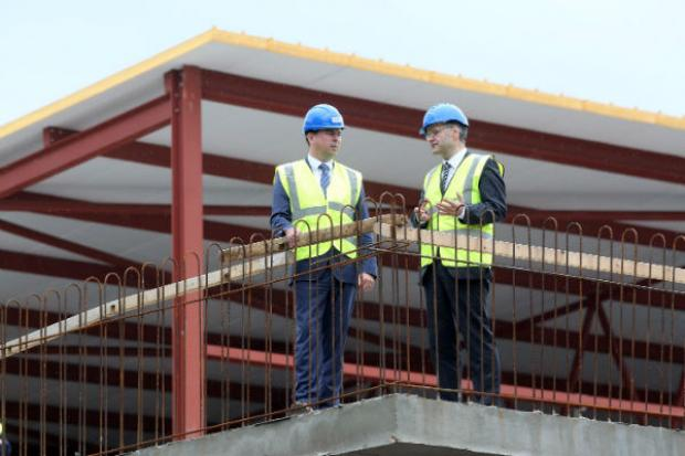 Weir visits Rainey Endowed School to view £4m investment